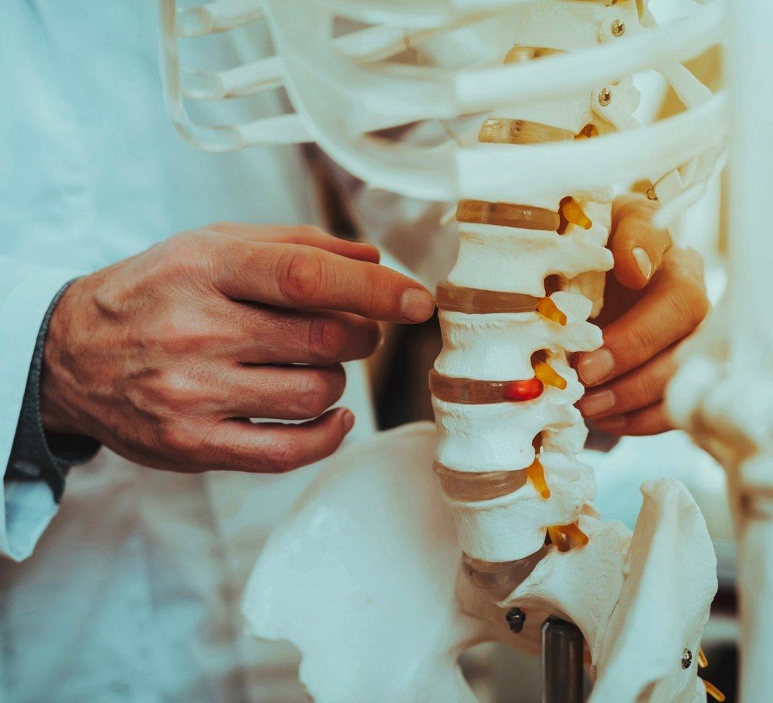 Espondilodiscite – Infecção Da Coluna Vertebral | Dr. Ricardo Teixeira