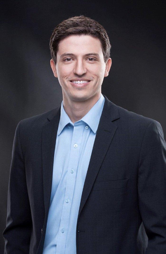 Médico Especialista em Coluna – São Paulo   Dr Ricardo Teixeira